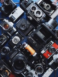 SLR Cameras vs. Mirrorless Cameras for Video