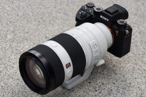 Sony100-400GM-onA9-1620x1080